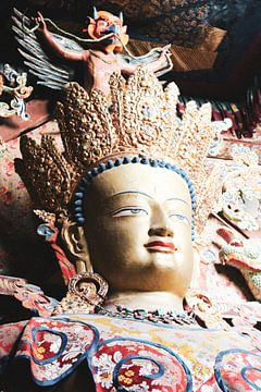 Maitreya Boeddha in klooster Ladakh van yourtravelreporter