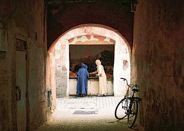 Marrakech:  het leven op straat in de medina | Reisfotografie print van