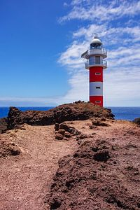 Atlantic Sea coast with lighthouse on the canary island Tenerife van