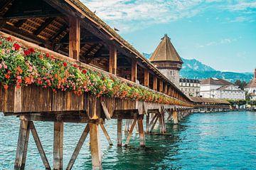 Luzern Kapellbrücke van Patrycja Polechonska