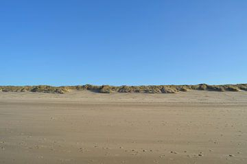 Verlaten strand van Oostkapelle in februari van Oostkapelle Fotografie