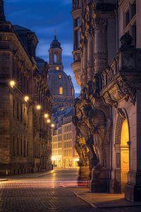 Florence aan de Elbe met Augustusstraße (kerk van Onze-Lieve-Vrouw Dresden) van Dirk Wiemer