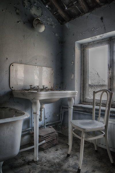 Badkamer urbex van Ingrid Van Damme fotografie