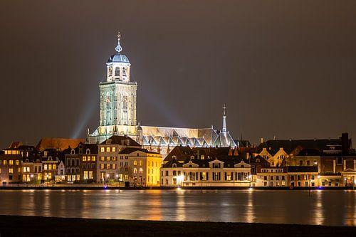 Deventer bij night van Bert van Wijk