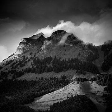 Fin d'orage sur le Mont Billat von Antoine Berger