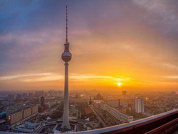 Tour de télévision de Berlin sur Roland Hoffmann
