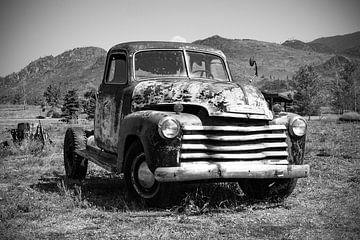 1951 Chevy pick-up in zwart/wit
