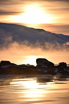 Sonnenaufgang in Island von Elisa Hanssen