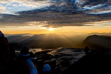 Zonsopkomst Sri Lanka Adam's Peak van
