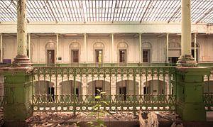 Lycée classique  Urbex Olivier Van Cauwelaert