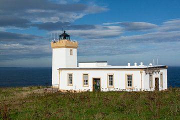 Dunscansby Head Lighthouse. John o'Groats Schotland van Gert Hilbink