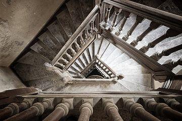 Trap in verlaten villa von Alain Busschaert