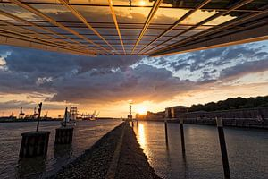 Sonnenuntergang am Dockland van