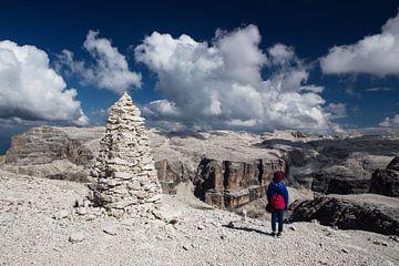 Bizarre Ausblicke auf die Felsenwelt der Dolomiten von Rudolf Brandstätter