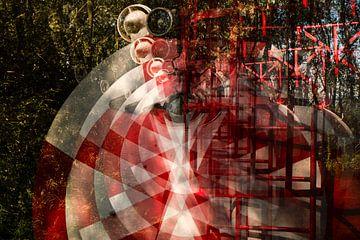 Abstraktes Bild des rot weißen Tanks - Container von Marianne van der Zee