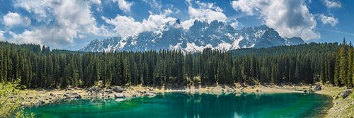 LAKE CAREZZA and mountain range | Panoramic van Melanie Viola
