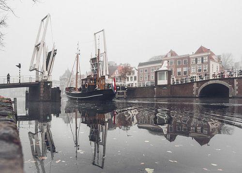 Haarlem: Gravestenenbrug. van Olaf Kramer