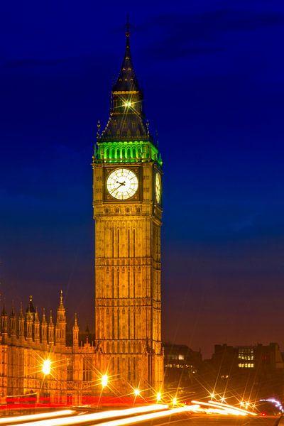 Big Ben by Night van Melanie Viola