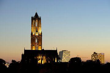 Stadsgezicht van Utrecht met Domtoren, Domkerk en stadskantoor van Donker Utrecht