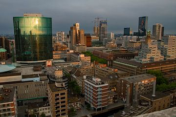 Rotterdam vanaf de Laurenskerk van René Groenendijk