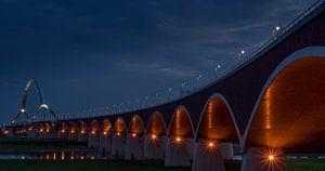 """Memorial bridge """"de Oversteek"""" in the evening van"""