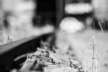 Detail einer alten Eisenbahnlinie von Bart Rondeel
