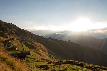 zonsopkomst in Belalp Zwitserland van Paul Wendels