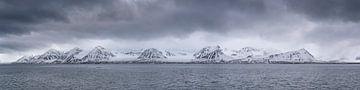 Zicht op Spitsbergen van Sven Scraeyen