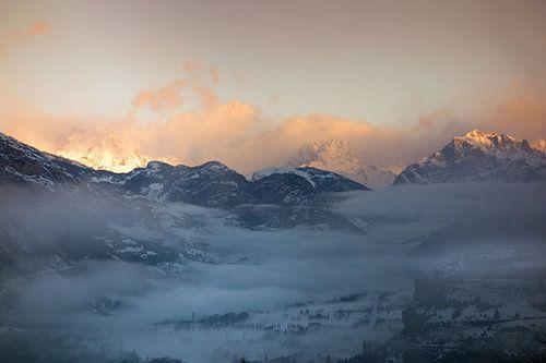 Zonsopkomst Ecrins met Mont-Dauphin van