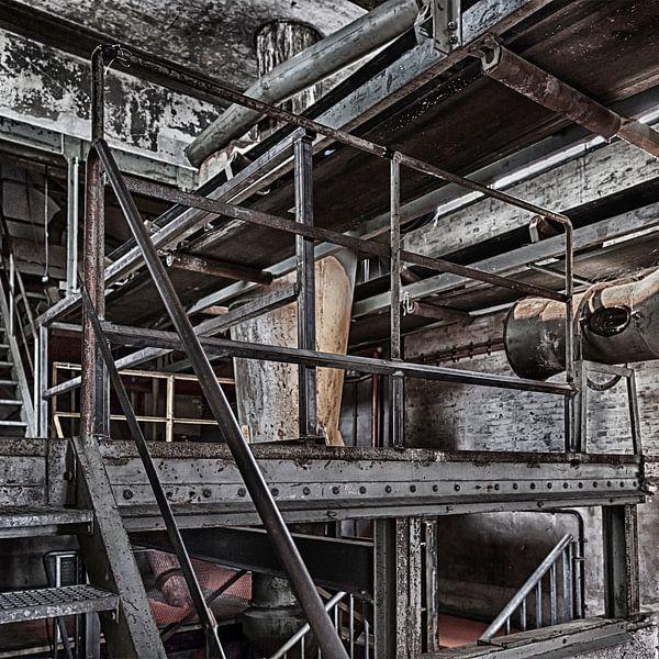 Urbex industrieel, Maassilo in rotterdam von Bernadet Gribnau