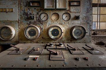 oude industriele  meters van Jan van de Riet