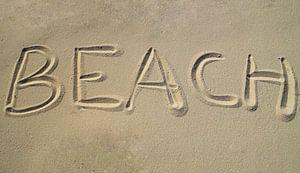 Beach written in the sand von Anouk Noordhuizen