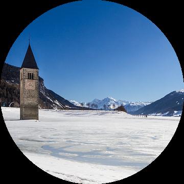 Reschensee in de winter van Jan Schuler
