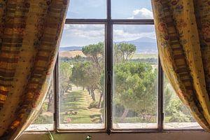 Uitzicht uit een Toscaans landhuis