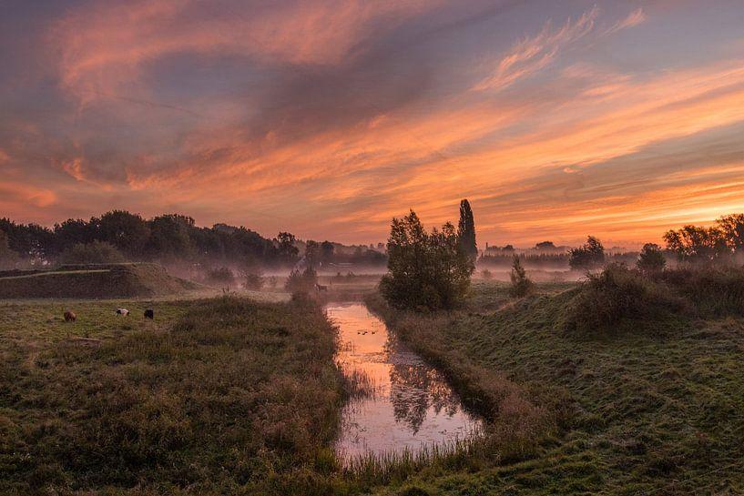 Zonsopkomst in de vallei van Hans Hoekstra