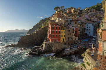 Riomaggiore Cinque Terre von Edwin Mooijaart