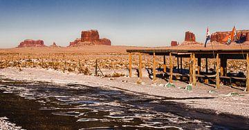 Mid winter, een verlaten Monument Valley van SPOOR Spoor