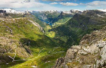 Uitzicht op de Geirangerfjord [4] van Adelheid Smitt