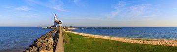 Paard van Marken - Leuchtturm am Markenmeer in den Niederlanden von Frank Herrmann