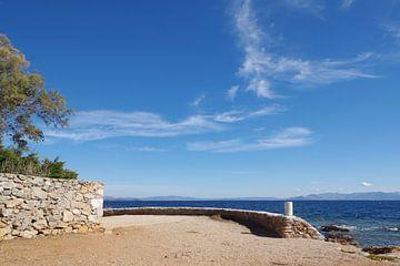 De kust bij Mati in Griekenland van Berthold Werner