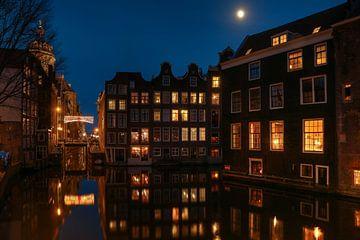 Amsterdam Oudezijds Voorburgwal van FotoBob