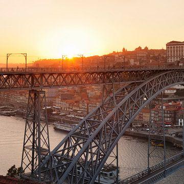 Ponte Dom Luis I., UNESCO Weltkulturerbe, Porto, Portugal von Markus Lange