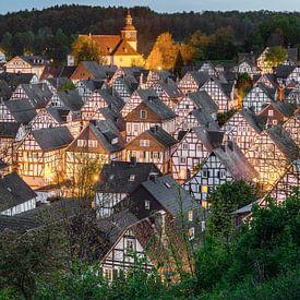 Freudenberg in de Siegerland in de avonduren van Michael Valjak