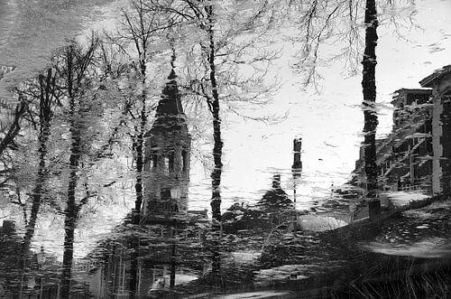 Elleboogkerk en Langegracht historisch Amersfoort in zwartwit