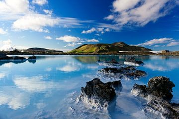 Blaue Lagune in Island von Dieter Meyrl