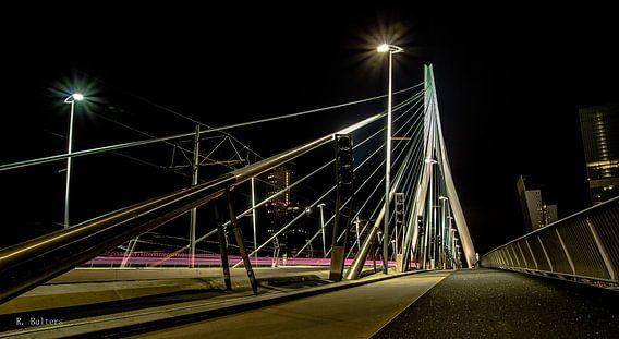 Erasmusbrug Urban Rotterdam van Robin Bulters