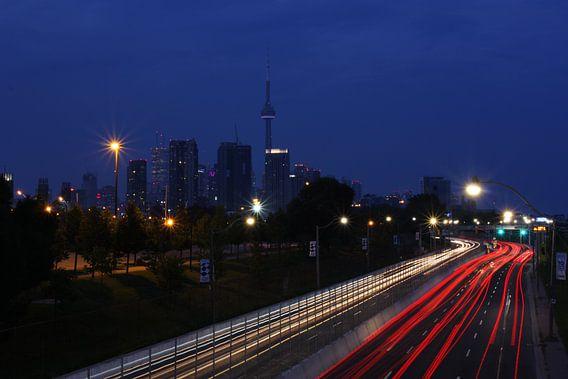 Toronto Freeway van Christiaan Tobé