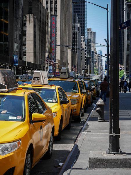 Gele taxi's  in New York van Maxpix, creatieve fotografie