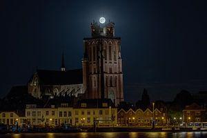"""Volle Maan als kroon op """"de Grote Kerk"""" Dordrecht van"""
