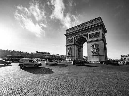 Arc de Triomphe in zwart-wit